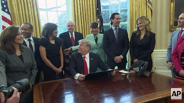 Trump Makes Move to Slash Regulations for Small Businesses