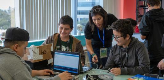 Qualcomm Thinkabit Labs instill the STEM skills for the future of work.