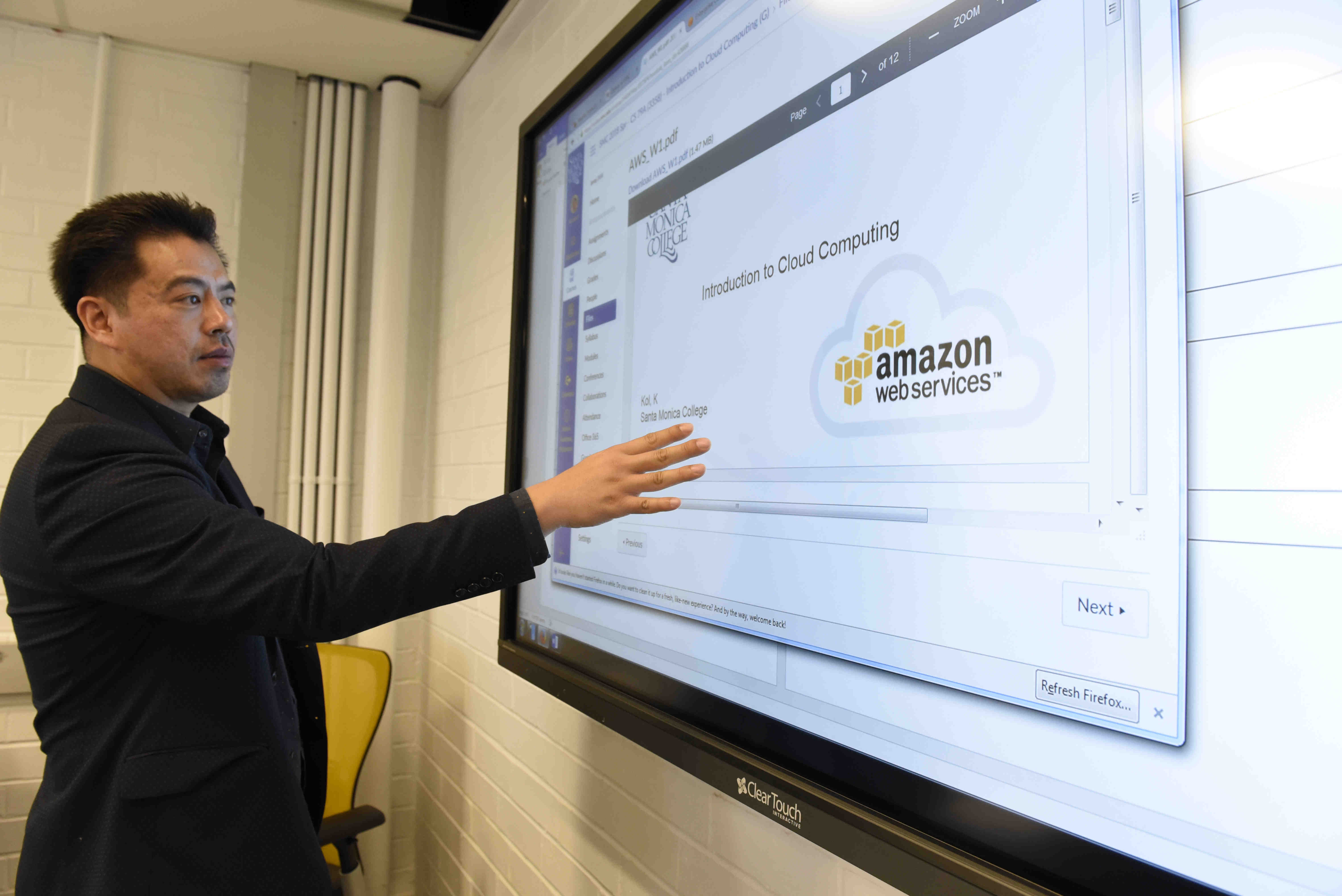Community Colleges And Amazon Team Up For Cloud Computing