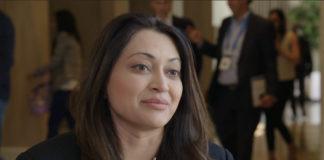Anita Gupta headshot