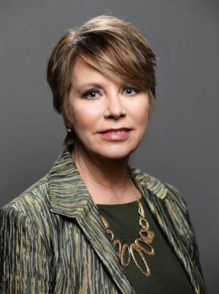 Carol Eggert headshot