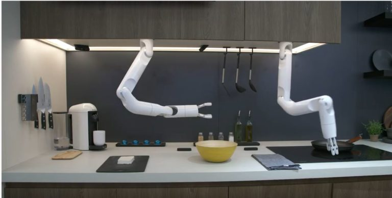 A chef, a comfort dog, and other robots you may have missed at CES